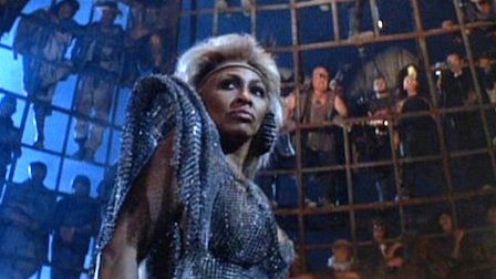 https://oracleoffilm.files.wordpress.com/2015/04/mad-max-beyond-thunderdome.jpg